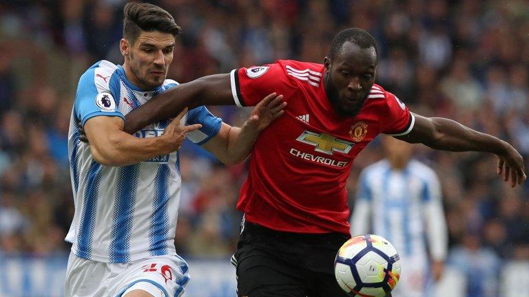 Huddersfield vs Manchester United Spordiennustusvihjed