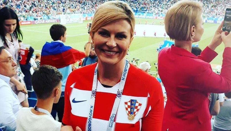 Vaata kuidas Horvaatia president koos Modrici ja ülejäänud meeskonnaga riietusruumis võitu tähistas
